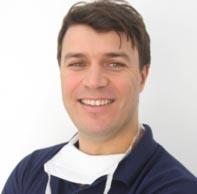 Dr Ryad Adhimene - spécialise implants dentaires Alger