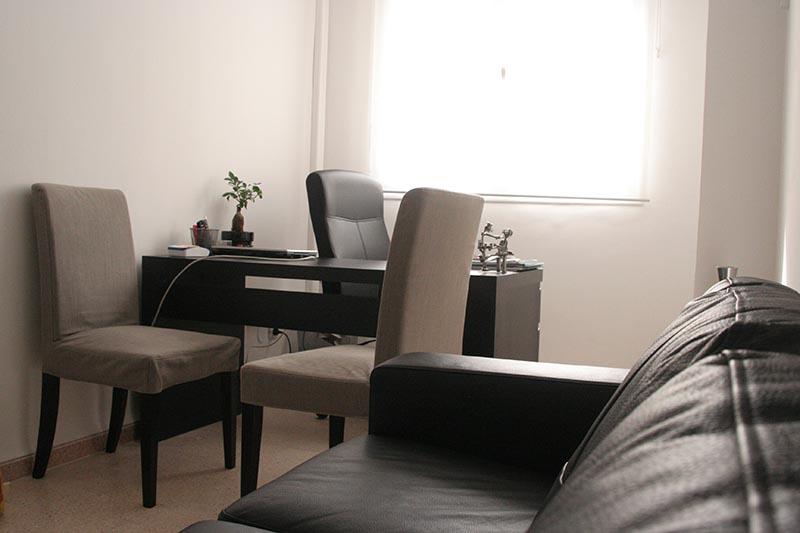 Clinique à Alger : bureau deux